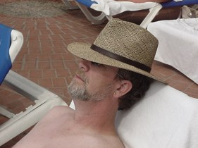 Dave sunning 3[2898]